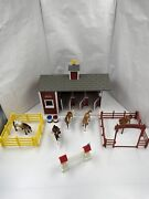 Breyer Stablemates Red Stable 5 Horses And Accessories Breyer Animal Creations
