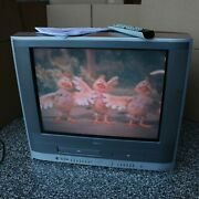 Toshiba 24 Crt Flat Screen Tv Vcr Dvd Combo Player With Remote Model Mw24f11