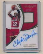 2018-19 Immaculate Collection Patch Autographs 41 Clyde Drexler Auto Jersey /35