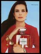 1987 No.5 Perfume Woman With Large Bottle Color Photo Vintage Print Ad