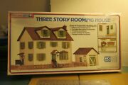 Life-like Trains Ho Scale Building Kits - Three Story Rooming House New