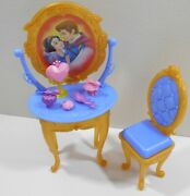Disney Princess Ultimate Dream Castle Dollhouse Parts Snow Whites Vanity And Chair