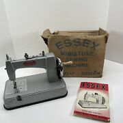 Rare Sewing Machine Essex Mk2 Miniature Small Machine With Rubber Base And Boxed