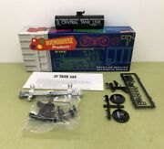 Ho Scale O/t Tank Car Central Tank Line 233 Roundhouse - Nos Mib 025