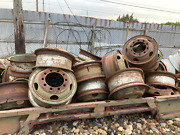 Military 10 Ton M123 G792 Mack 6x6 Wheel For 14.00x24 14.00-24 Tire Used