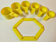 6 Vintage Yellow Tupperware Measuring Cups W/ Wall Hanger Complete Set Nice