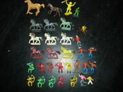 Vintage Plastic Cowboys And Indians And Horses 32 Piece Lot