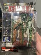 Palisades Resident Evil Alexia Figure 2001,mint With Re5 Chris Redfield Neca