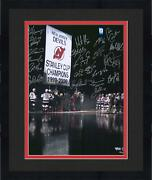 Frmd Nj Devils 2000 Sc Champs Signed 16 X 20 Banner Raising Photo With 20 Sigs