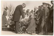 1921 President Harding And Wife Greet Wounded At Walter Reed Hospital News Photo