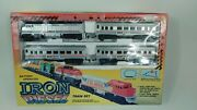 Vintage 1988 Toy State Amtrak Iron Diesel Battery Operated Train Set 8ft Track