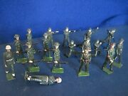 Britains 1950s Metal Lead Toy Soldier Figures - British Ww2 Group Of 17
