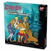 Avalon Hill Scooby Doo In Betrayal At Mystery Mansion   Official Scooby Doo +...
