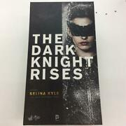 Hot Toys Mms188 1/6 Catwoman Selina Kyle The Dark Knight Rises Used