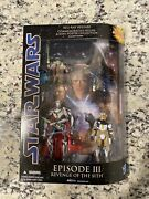 Star Wars Episode Iii Revenge Of The Sith Figures And Mini Poster Collection