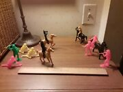 Vintage Plastic Unmarked Marx 3 Inch Cowboys Indians Lot Of 15 Fort Apache Toy