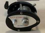 Frog Products Toy Machine 02 Baitcasting Reel Right Hand