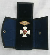 Decoration Of Chivalry Odd Fellows Rebekah Lodge Sterling And Enamel Medal W/case