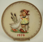 1974 M.i. Hummel Annual Collector Plate 267
