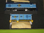 Athearn Ho Scale 2212 Special Edition Gp38-2 Power And Caboose