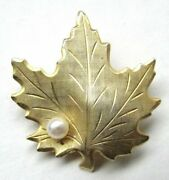 Very Beautiful Gold Plated Maple Leaf With Pearl Womens Pin