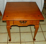 Mid Century Maple End Table / Side Table By Ethan Allen T583