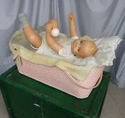 Sweet Heart Soap Advertising Automaton Baby Advertising Display With Storage Box