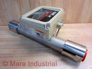 Brooks Instrument 3810a13c1paa1a1 Flow Meter Mt 3810 Cracked Glass