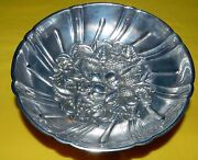 S Kirk And Son 431 Sterling Silver Repousse Tri Footed Berry Candy Bowl Dish 165g
