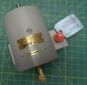 Alternating Current Motor Vickers Welco Model 4720-22 3 Phase 7.7 Amp 208 V