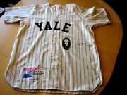 George H. Bush Signed Limited Edition Yale Jersey -jsa Letter Of Authentication