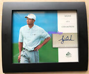 2004 Sp Signature Signs Of A Champion Auto Tiger Woods Tw3 Autograph Framed