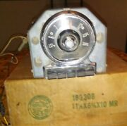 Vintage Ford Pu Radio 53and039 To 55and039
