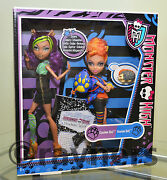 New Monster High Clawdeen And Howleen Wolf Werewolf Sisters Dolls Twin Pack