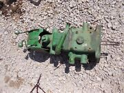 John Deere Mt Tractor Jd Hydraulic Lift Assembly With Pistons + Levers And Ports