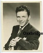 Frank Sinatra Origibnal 1940 Photo Boxxy Soxers Columbia Lp Cbs Young Blue Eyes