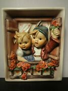 Hummel Wall Plaque 125 Vacation Time 1960-1972 Production