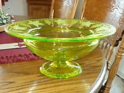 Pairpoint Canaria Vaseline Glass Grape And Leaves Large Centerpiece Pedestal Bowl