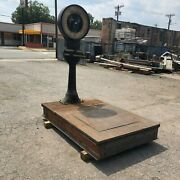 Vintage Toledo Model 61 Scale 1000lb Capacity No Springs Honest Weight Can Ship