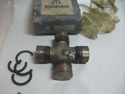 Late 50and039s Early 60and039s Dodge Truck Mopar U-107 R-55-55 U-joint Cast 5041 Nos