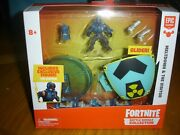 New Fortnite Battle Royale Collection Meltdown And Visitor Glider Toy Figure Set