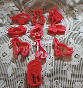Lot Of 10 Animal Red Plastic Cookie Cutters Bird,bear,fish,mouse,horse,ect.