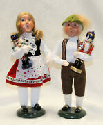Byers Choice Boy And Girl With Nutcrackers Alpine Carolers - Free Shipping