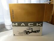 First Gear E.n. Curtis Mack R Model Dump Truck With Plow 1/34 Scale New In Box