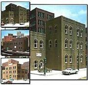 Woodland Scenics Dpm - Arched Windows Industrial Building Kit Ho 36100