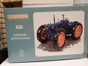 Uh Fordson E27n Roadless Tractor 1/16 Scale -faded Box Uh2816