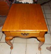 Solid Oak End Table / Side Table With Drawer T661