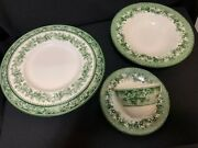 Service For 8 - China Kent Green Vines By Wedgewood For Williams Sonoma New