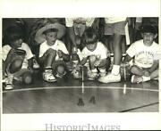 1989 Press Photo Crazy Hat Day And Frog Races At Kehoe France School Summer Camp