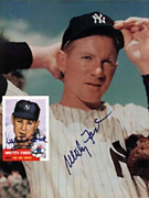 Whitey Ford Beckett Baseball Card Autographed Monthly Magazine And Card